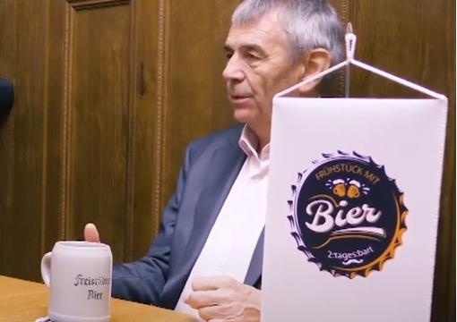 Frühstück mit Bier – Interview mit Franz Wimberger